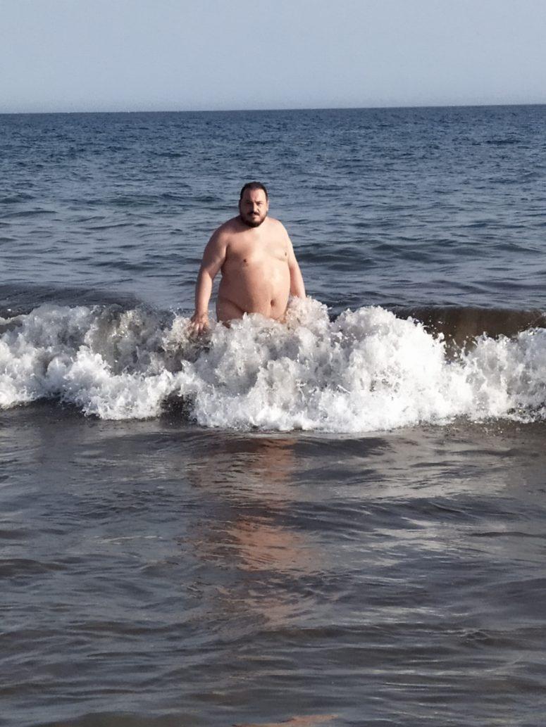 Triton saliendo del mar